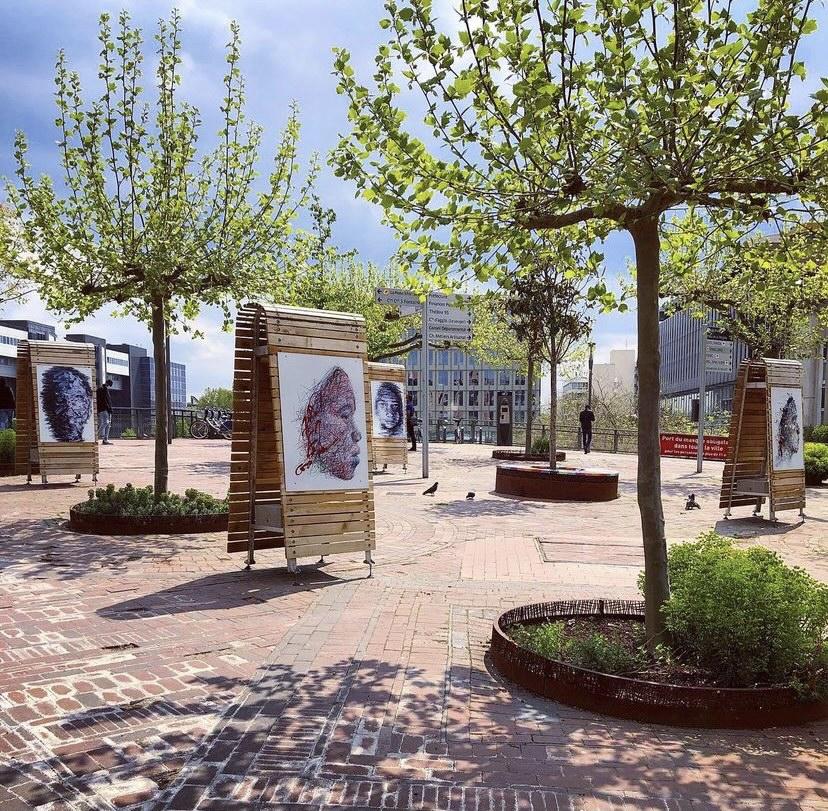 Outdoor exhibition in Cergy Pontoise